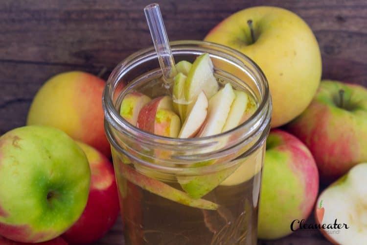 Selbsgemachte Apfelschorle. Praktisch für unterwegs