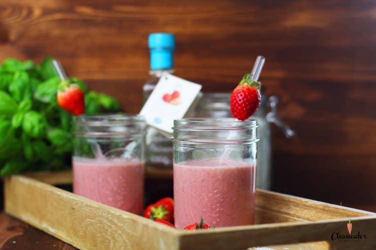 Erdbeersmoothie mit Erdbeer Balsam Essig