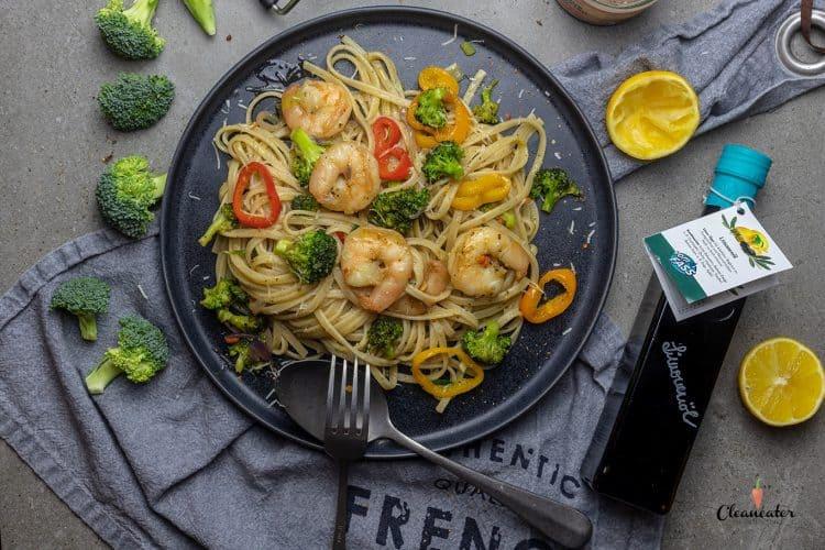 Zitronen-Spaghetti mit Garnelen