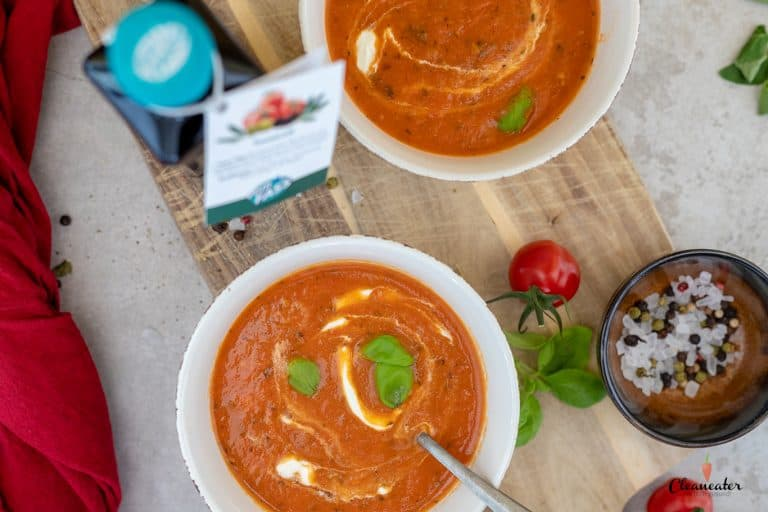 Quick & Easy Tomatensuppe mit Tomatenöl
