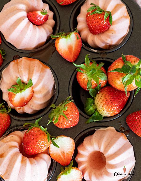 Erdbeer-Parfait mit Erdbeer Balsam-Essig