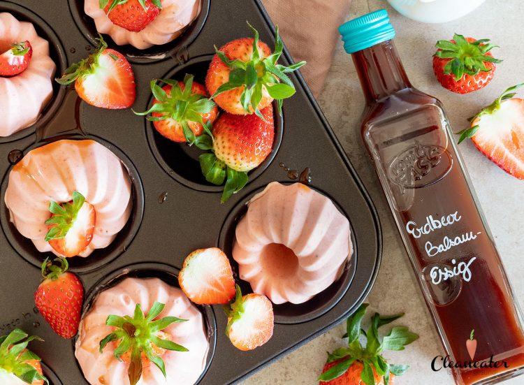 Erdbeer Parfait mit Erdbeer Balsam-Essig