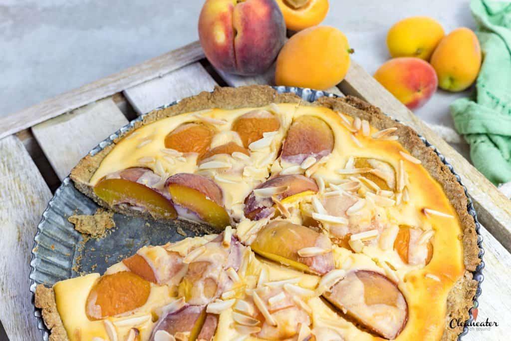 Aprikosen-Nektarien-Tarte mit Teffmehl